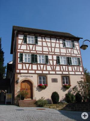 Das alte Schnaiter Schulhaus von Westen