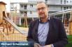 Herr Scharmann bei der Einweihung des Kinderhaus Irisweg