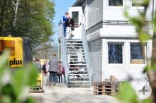 """Besichtigung der Flüchtlingsunterkunft am ehemaligen Mineralbad """"Cabrio"""""""